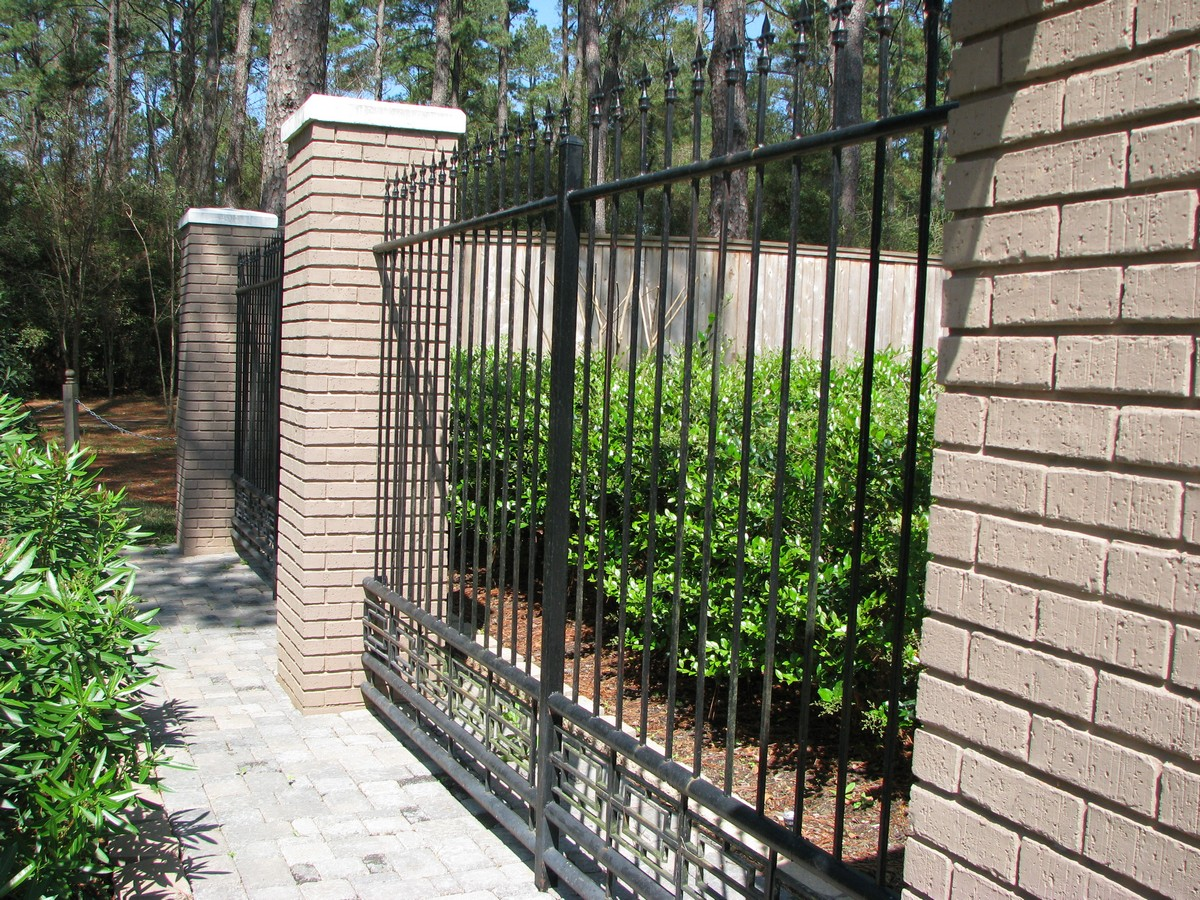 Best Fence Contractors In Los Angeles