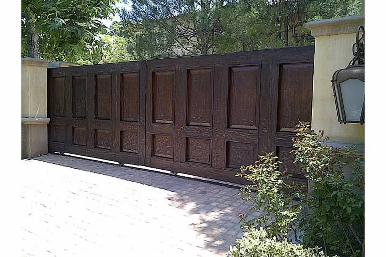 Los Angeles Garage Doors Service